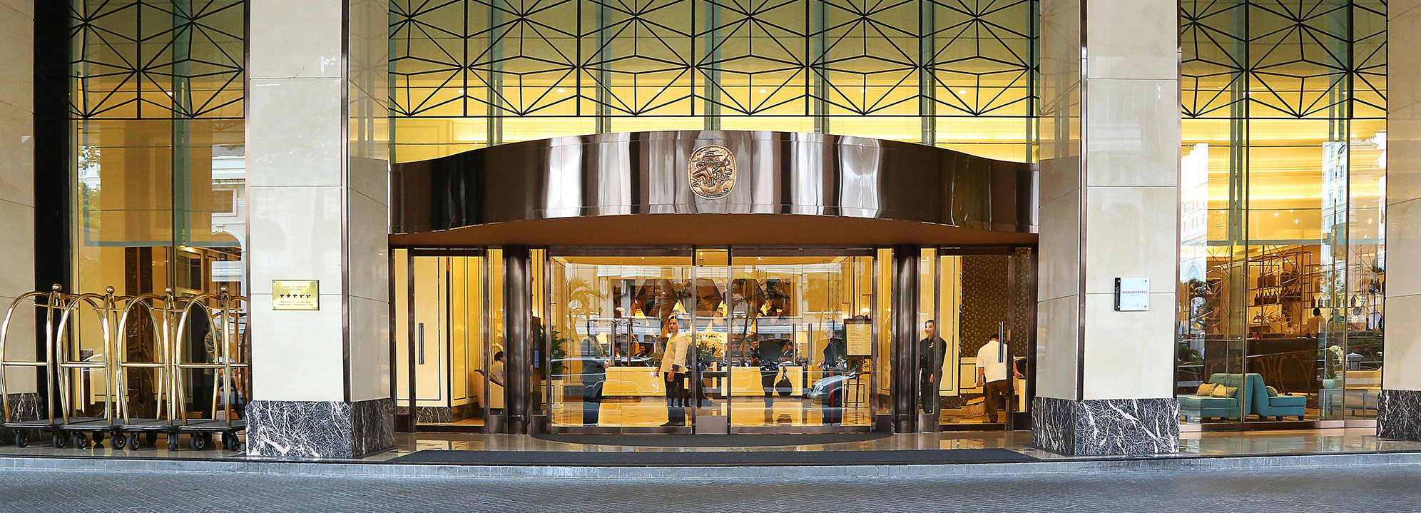 Giới thiệu khách sạn Caravelle saigon